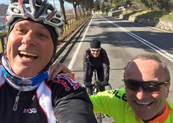 Prime pedalate e nuova maglia stagione 2017